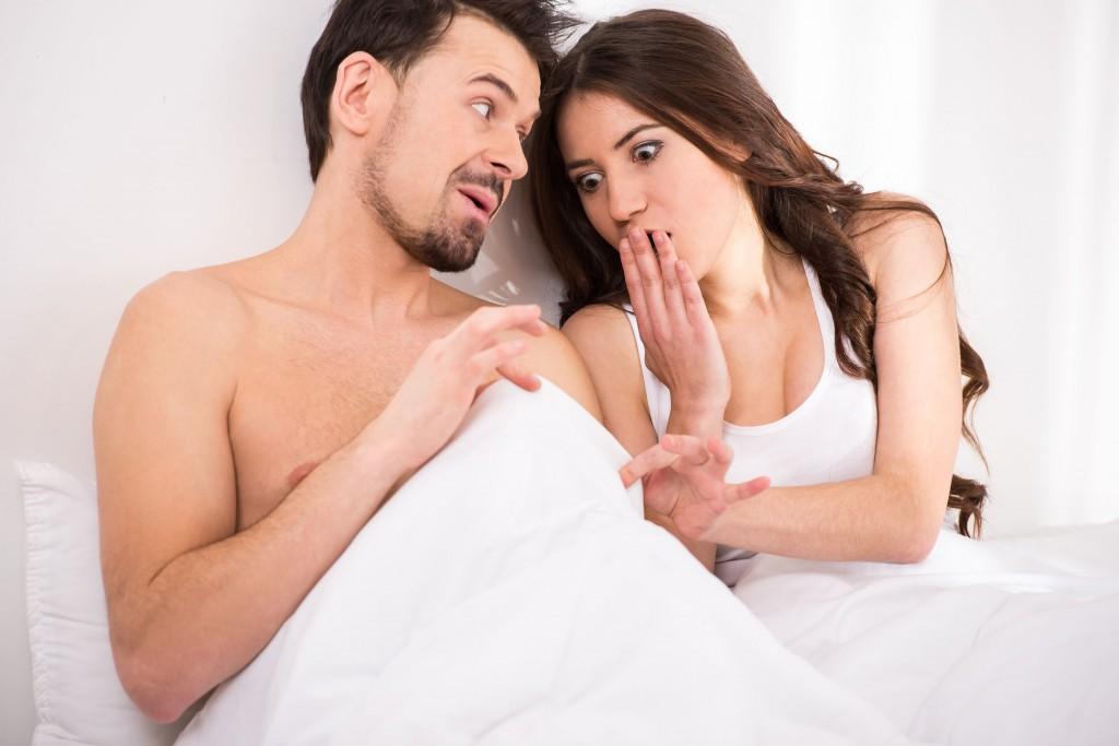 Femeie cu vulva si penis