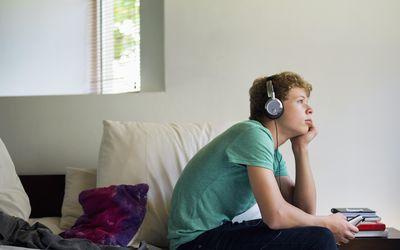 Pubertatea La Băieți - Ce Schimbări Aduce și Cum O Gestionam?